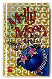 MOLLY MOON DETIENE EL MUNDO